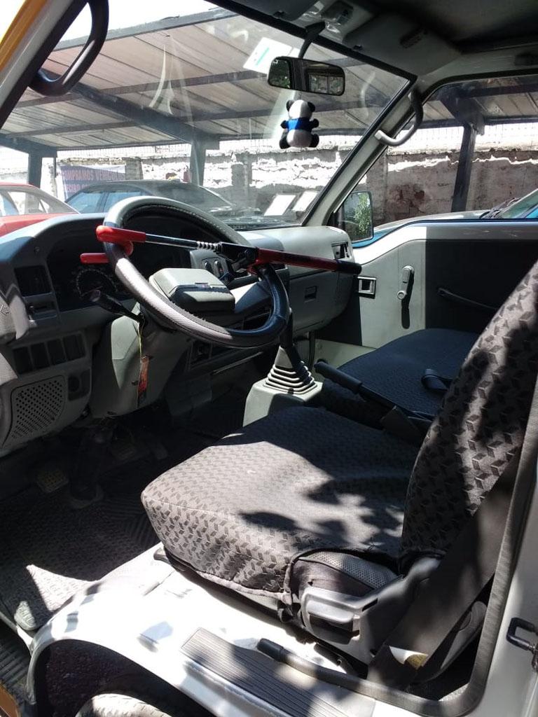 Mitsubishi L-300  año 2011