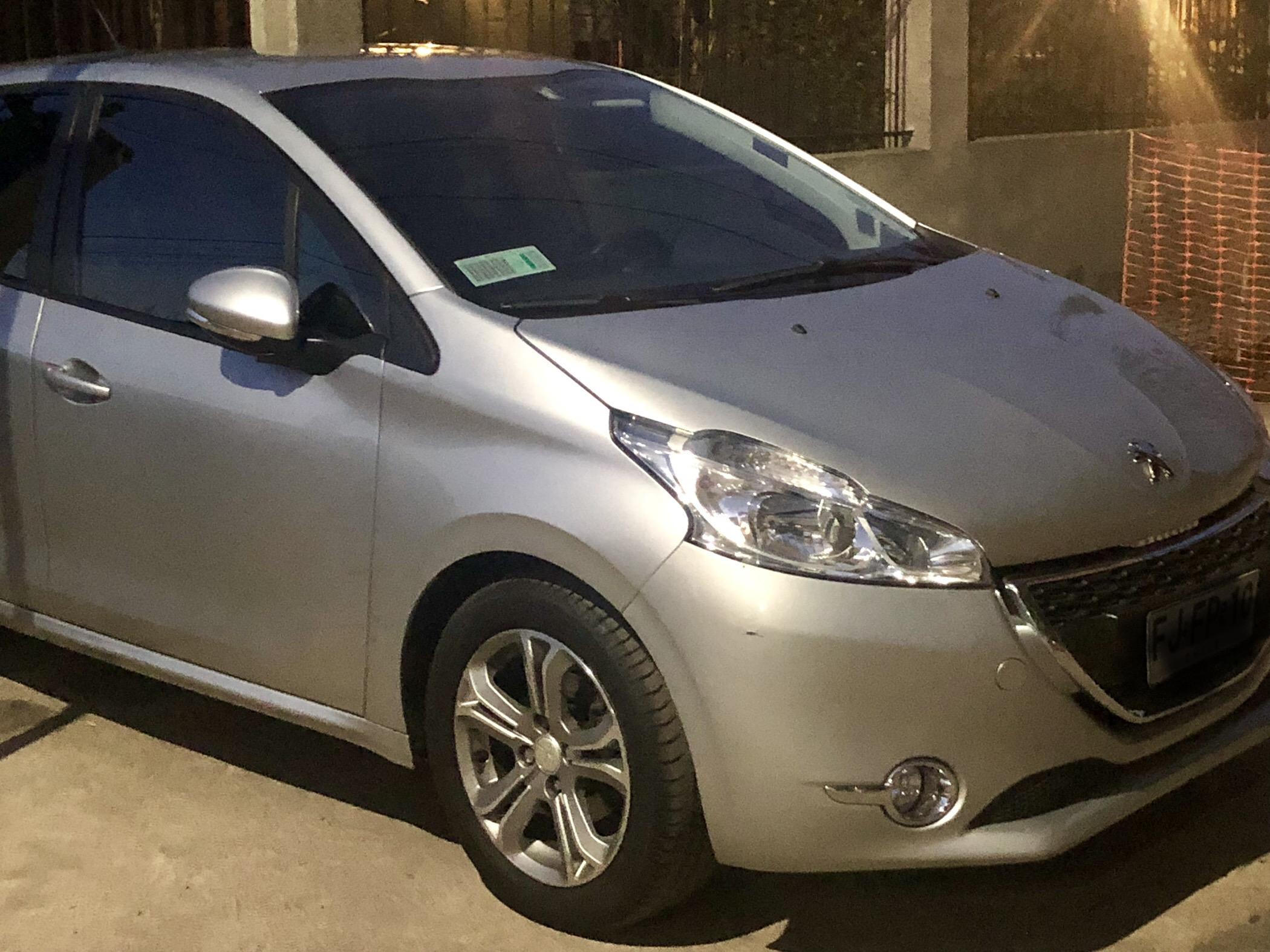 Peugeot 208 Active 1.2 año 2013