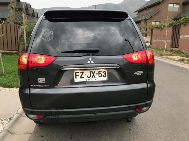 Mitsubishi Montero Sport G2 año 2013