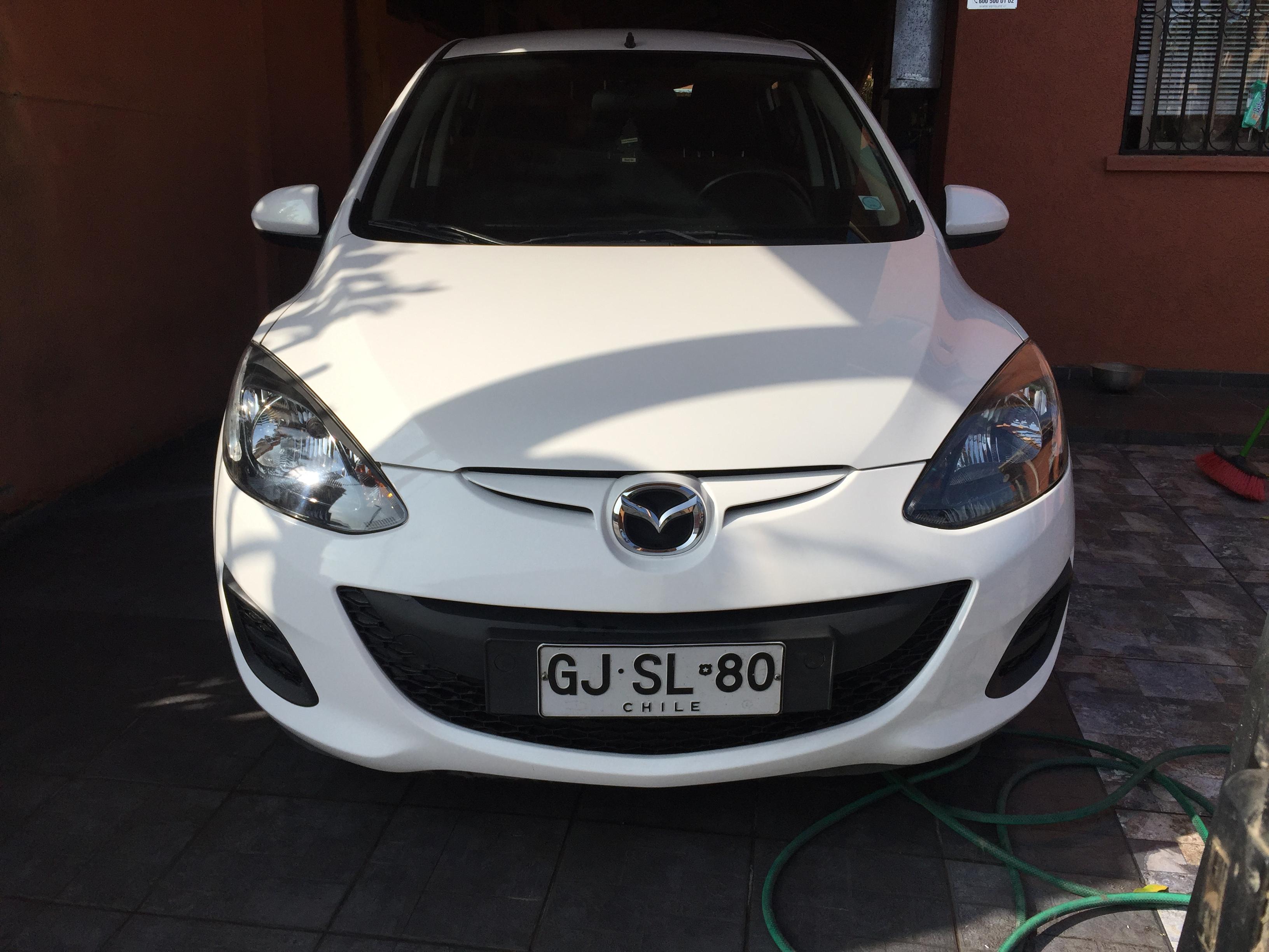 Mazda 2 V año 2014
