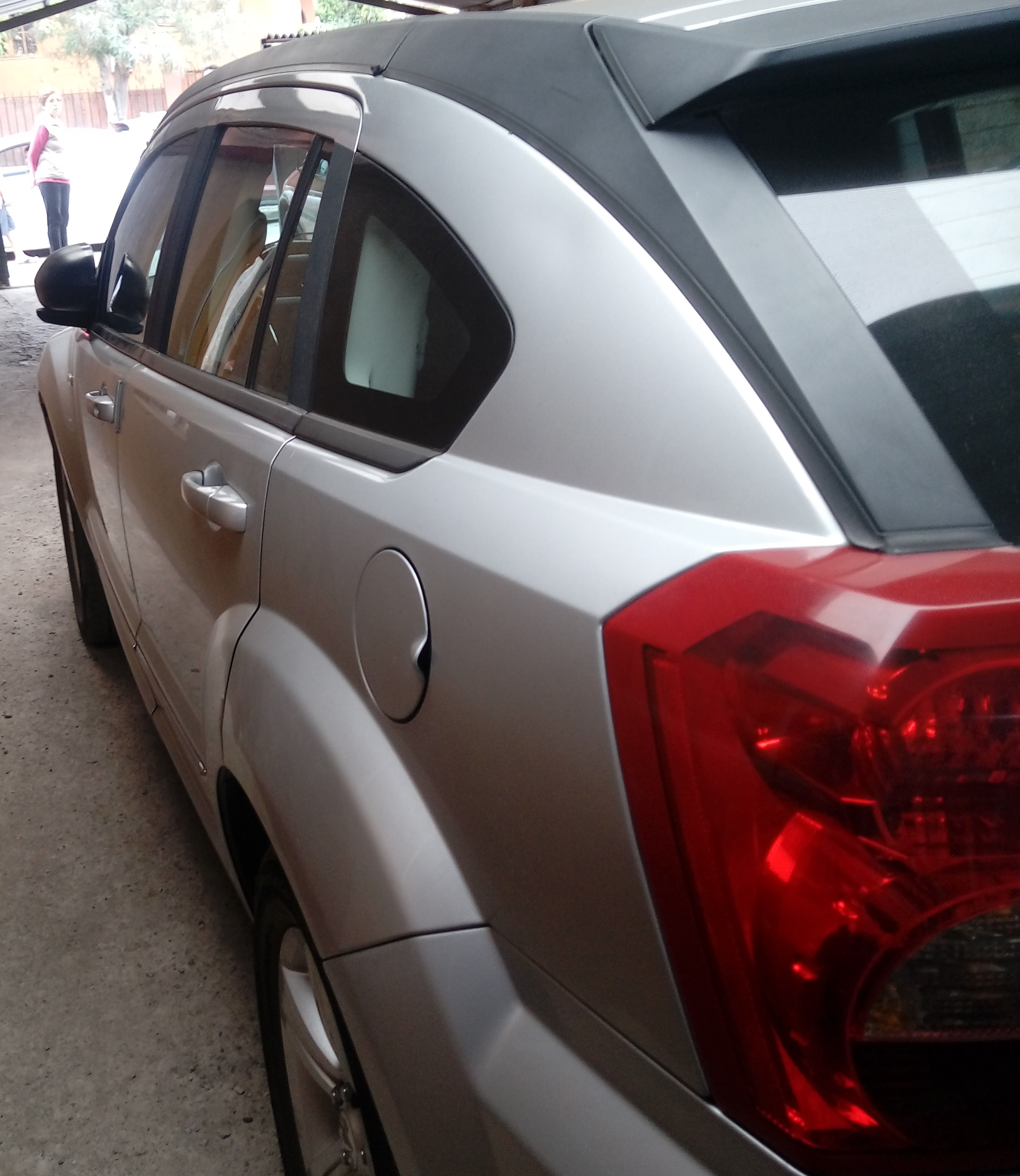 Dodge Caliber CALIBER SXT 2.0 AT año 2011