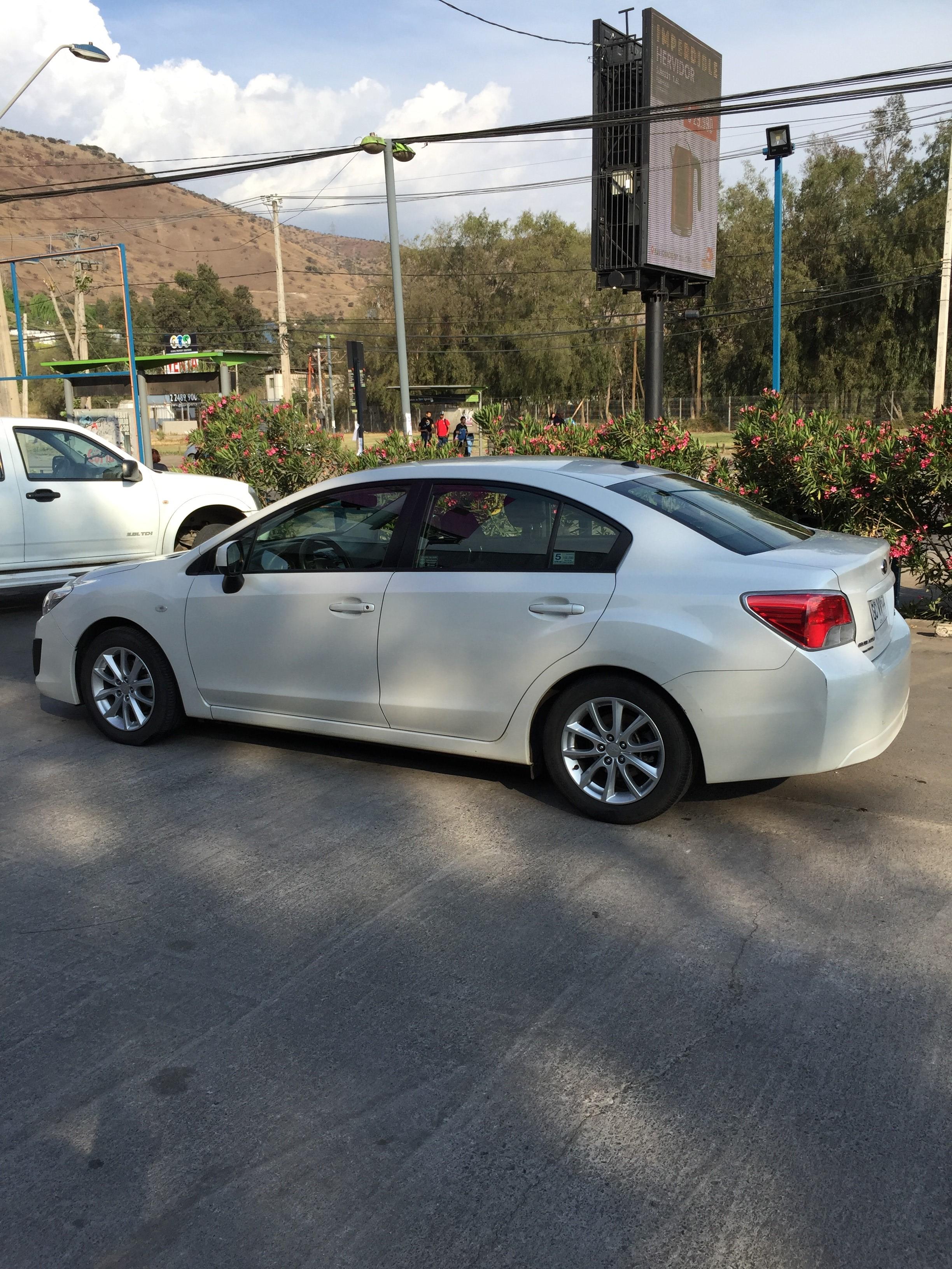 Subaru Impreza Sedan 2.0 mecanico año 2014