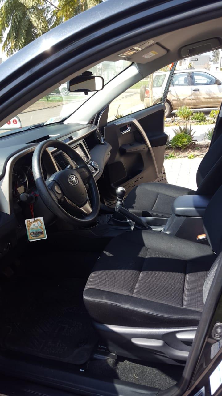 Toyota Rav 4 2.0, 4x4 año 2014