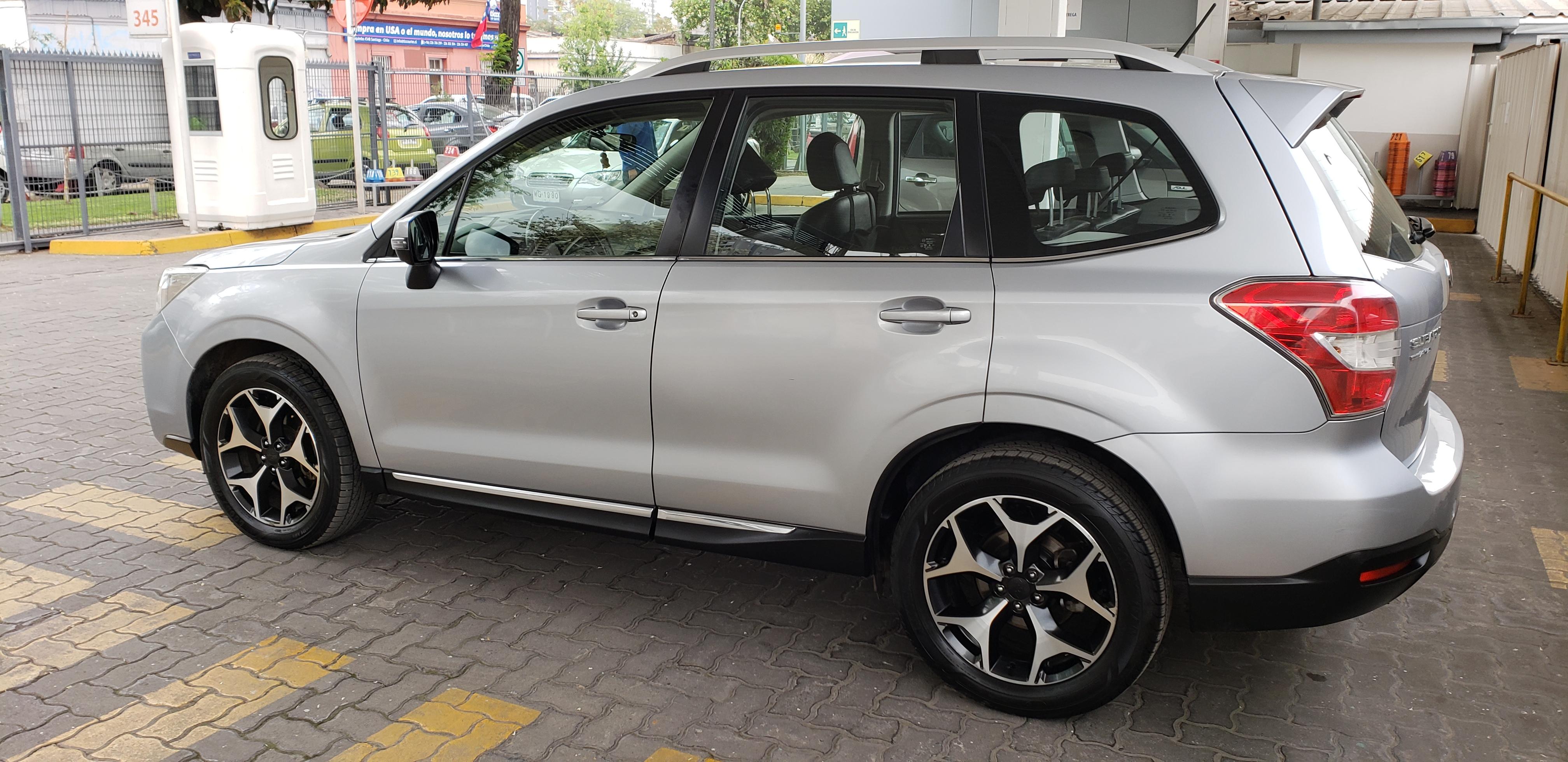 Subaru Forester XT TURBO AWD CVT 2.0 full equipo año 2013